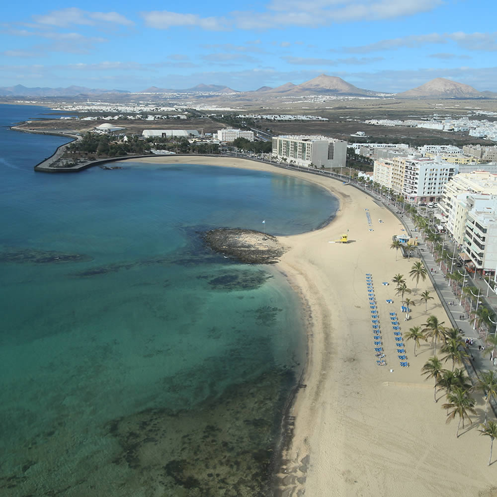 Gran Hotel in Arrecife from the 17th floor